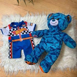 HOT WHEELS 50th Anniversary Blue Build a Bear w/ J